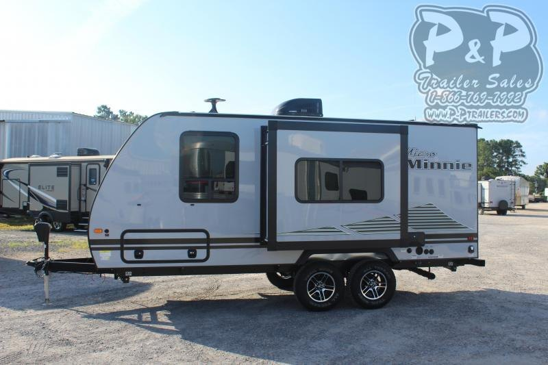 "2020 Winnebago Micro Minnie 2106DS 21' 11"" ft Travel Trailer RV"
