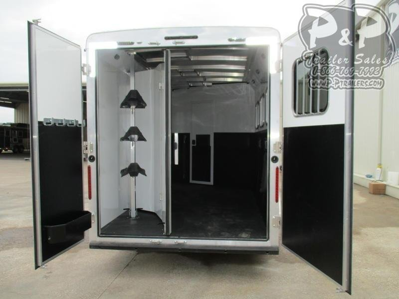 2020 Bison Trailers Trail Boss 7311TBSO 3 Horse Slant Load Trailer 11 FT LQ With Slides