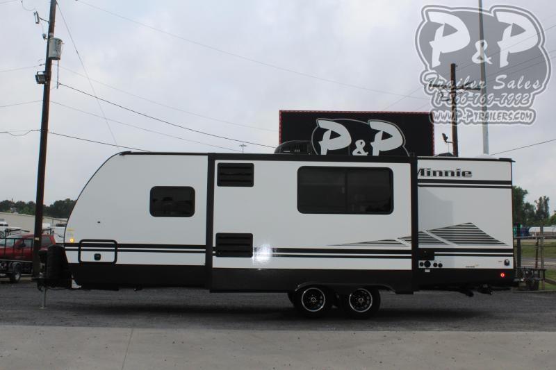2020 Winnebago Minnie 2301BHS 29.85 ft Travel Trailer RV