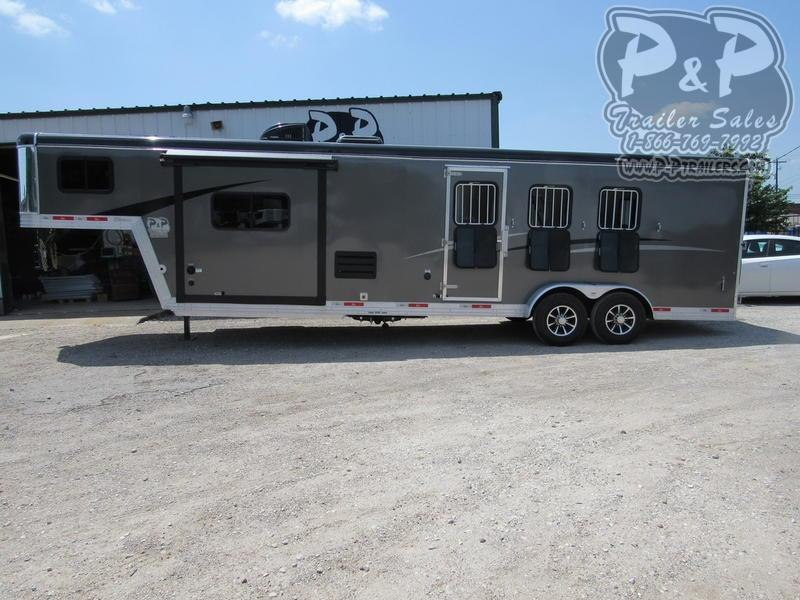 2019 Bison Trail Boss 3 Horse 11' Short Wall w/ Slide-Out
