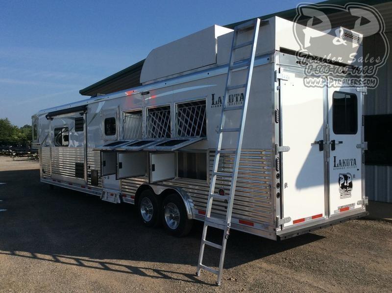 2020 Lakota Bighorn BH8416SRB 4 Horse Slant Load Trailer 16 FT LQ With Slides