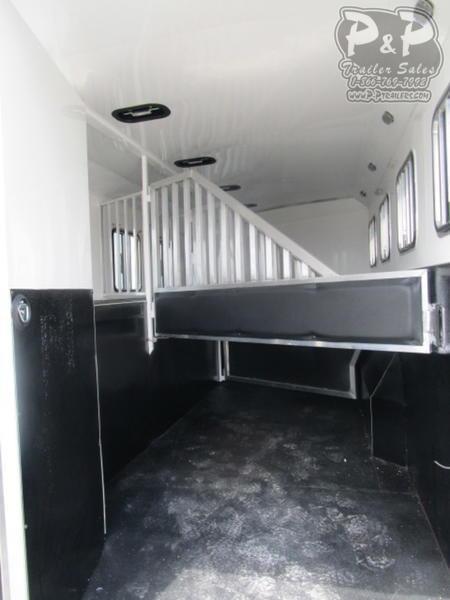 2020 Bison Trailers 8411RGRS 4 Horse Slant Load Trailer 0 FT LQ With Slides