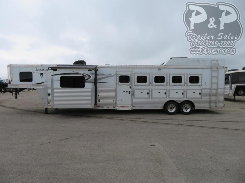 2014 Lakota Charger C8512 5 Horse Slant Load Trailer 12 FT LQ With Slides w/ Ramps