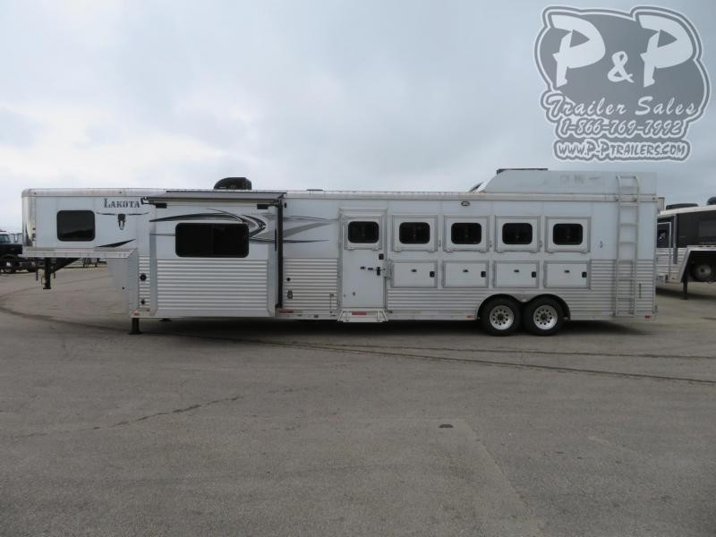 2014 Lakota Charger C8512 5 Horse Slant Load Trailer 12 FT LQ With Slides w/ Ramps