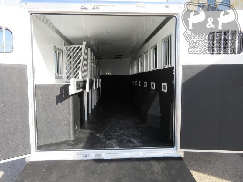 2020 Bloomer Trainer 7 Horse Slant Load Trailer w/ Ramps
