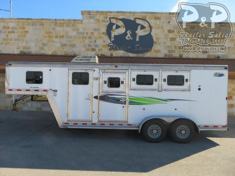 2007 Dream Coach Trailers LLC 7304GN Emerald Edition 3 Horse Slant Load Trailer 4 FT LQ