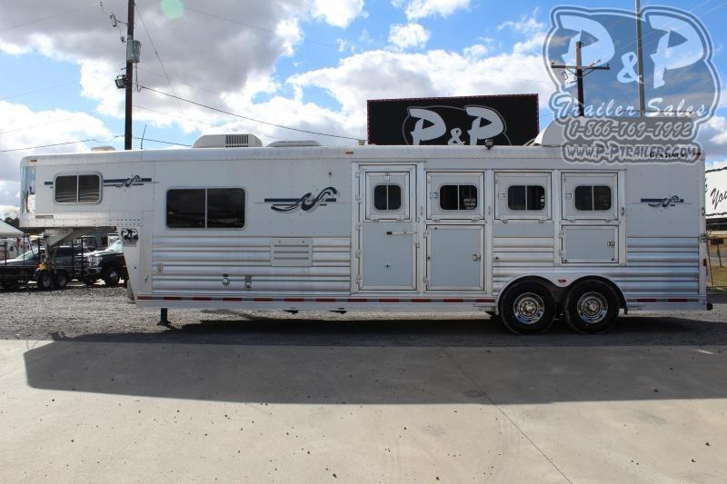 2012 Platinum Coach 8410 4 Horse Slant Load Trailer 10 FT LQ
