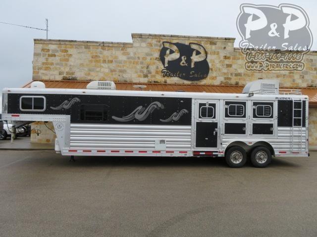 2006 Platinum Coach 8314 3 Horse Slant Load Trailer 14 FT LQ w/ Ramps