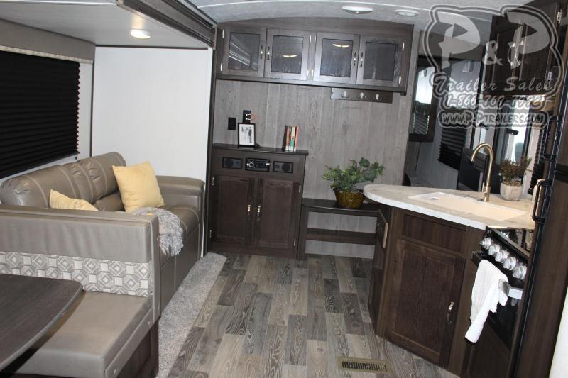 2020 Keystone Springdale 298BH 32.67 ft Travel Trailer RV