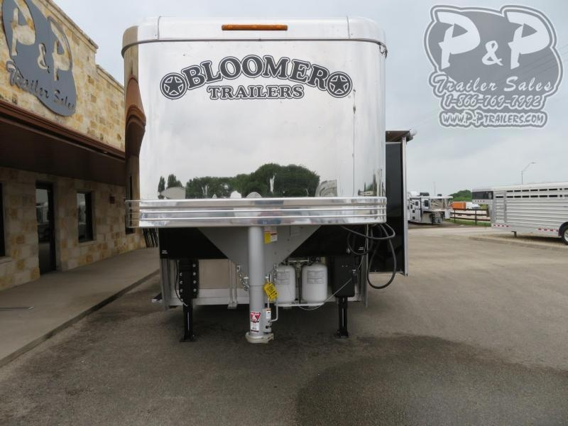 2019 Bloomer PC Load Outlaw Conversion 5 Horse Slant Load Trailer 16 FT LQ With Slides w/ Ramps
