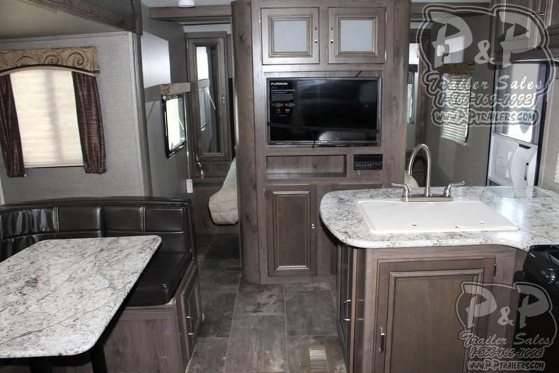 2020 Keystone Passport Grand Touring 2400BH 27.83 ft Travel Trailer RV
