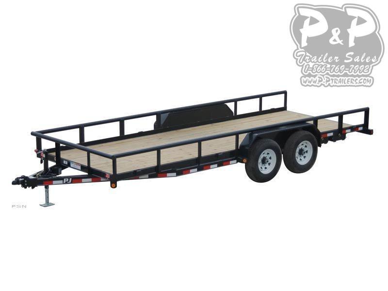 2020 PJ Trailers Angle Pipetop (P8) Car / Racing Trailer