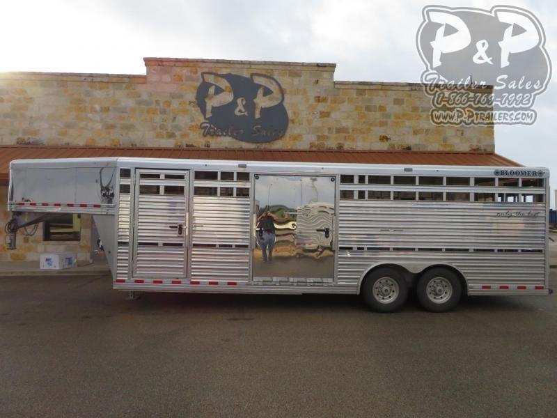 2018 Bloomer 8x24STGN 24' Livestock Trailer