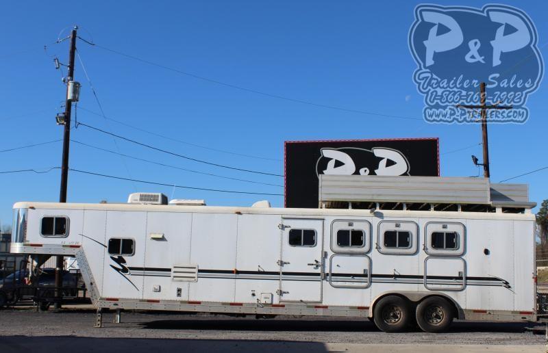 2001 Exiss Trailers SS8413LQ 4 Horse Slant Load Trailer 13 FT LQ