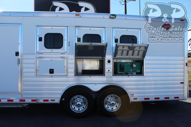 2013 Hart Trailers 8315 3 Horse Slant Load Trailer 15 FT LQ w/ Ramps