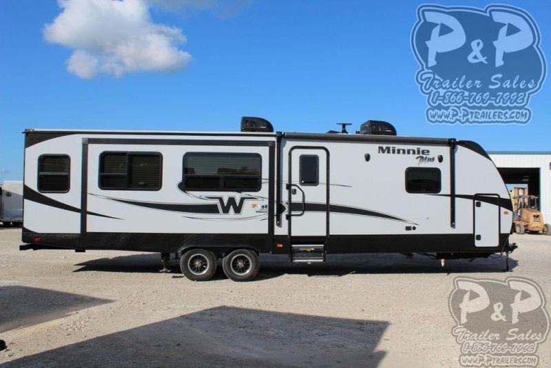 2019 Winnebago Minnie Plus 30RLSS 36.92 ft Travel Trailer RV