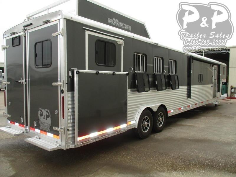 2020 Bison Trailers Laredo 8416LDBLRSL 4 Horse Slant Load Trailer 16 FT LQ With Slides w/ Ramps