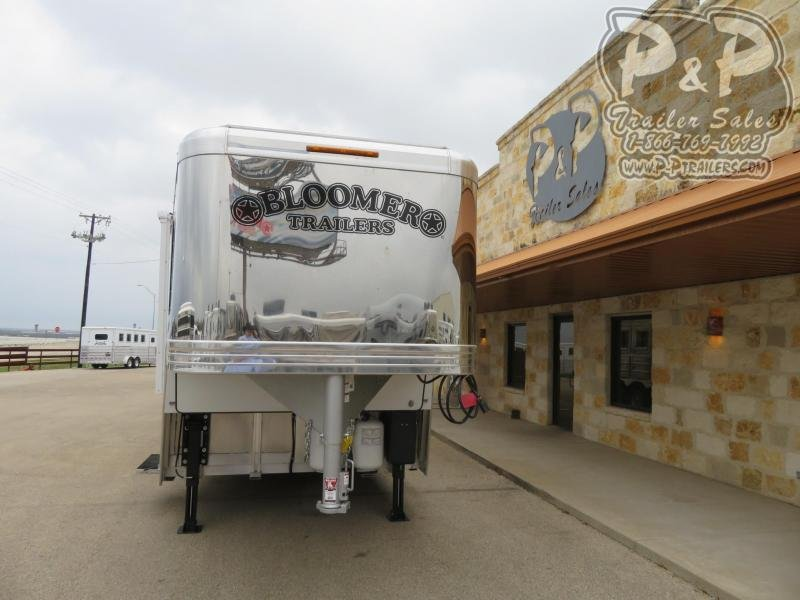 """2020 Bloomer PC Load Outlaw Conversion w/ Bunk Beds 4 Horse Slant Load Trailer 17' 4"""" FT LQ With Slides w/ Ramps"""