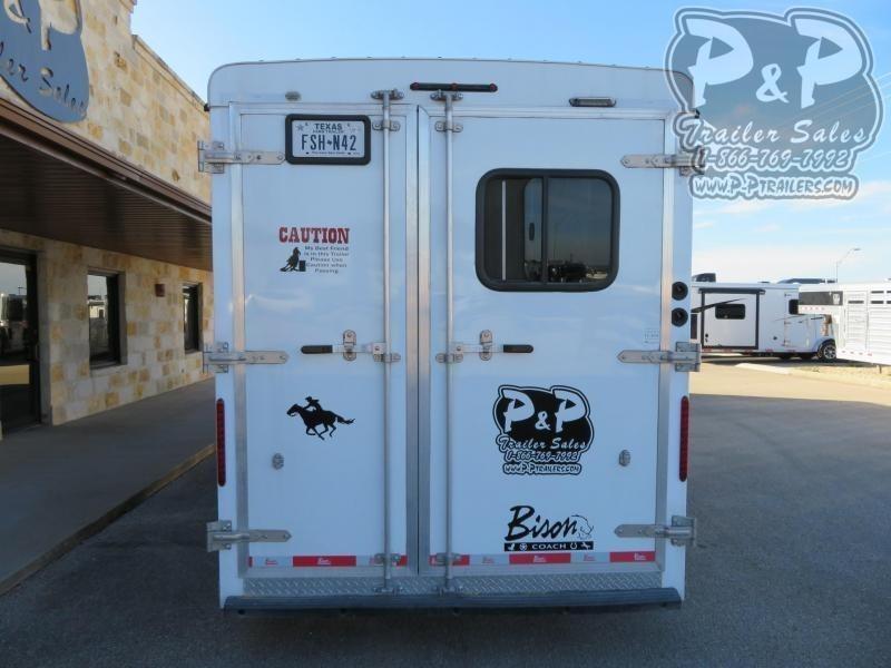 2016 Bison Trailers 3H 9 SW 3 Horse Slant Load Trailer 9 FT LQ w/ Ramps