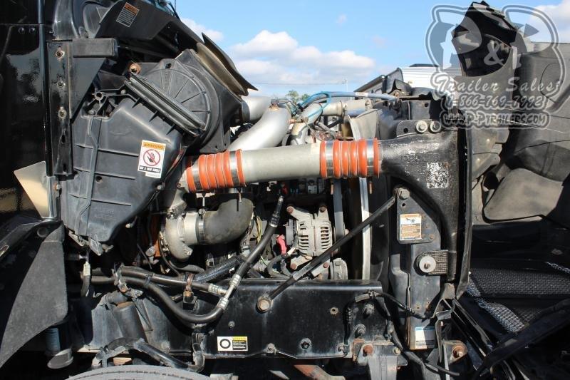 2012 Kenworth Crew Cab Schwalbe Semi Truck
