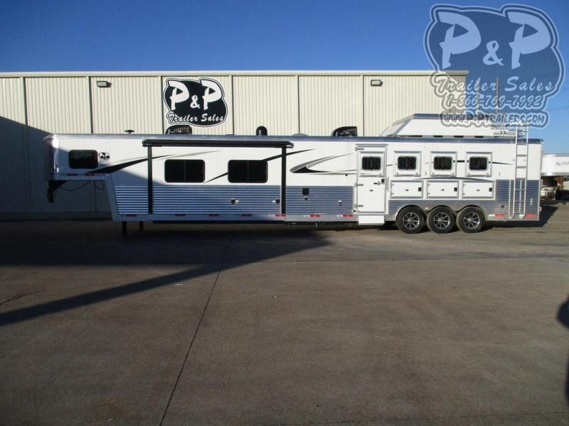 2018 Bison Trailers 8420PRDS 4 Horse Slant Load Trailer 20 FT LQ With Slides