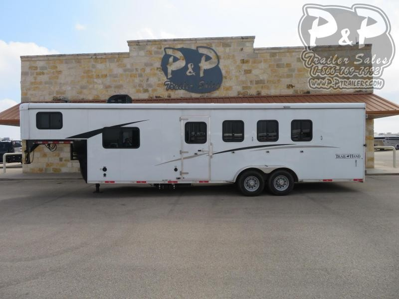 2018 Bison Trailers 7408TH 4 Horse Slant Load Trailer 8 FT LQ