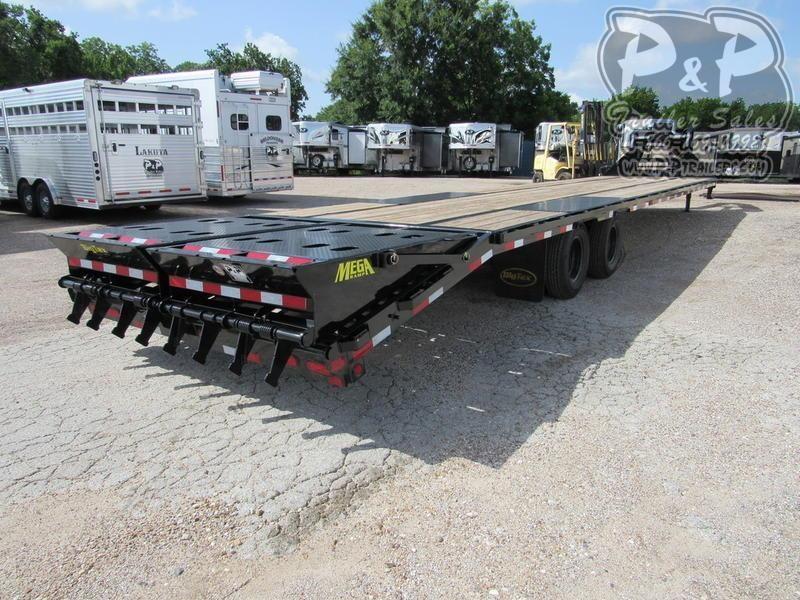 2020 Big Tex Trailers 22GN-35BK+5MR 40 ft Flatbed Trailer