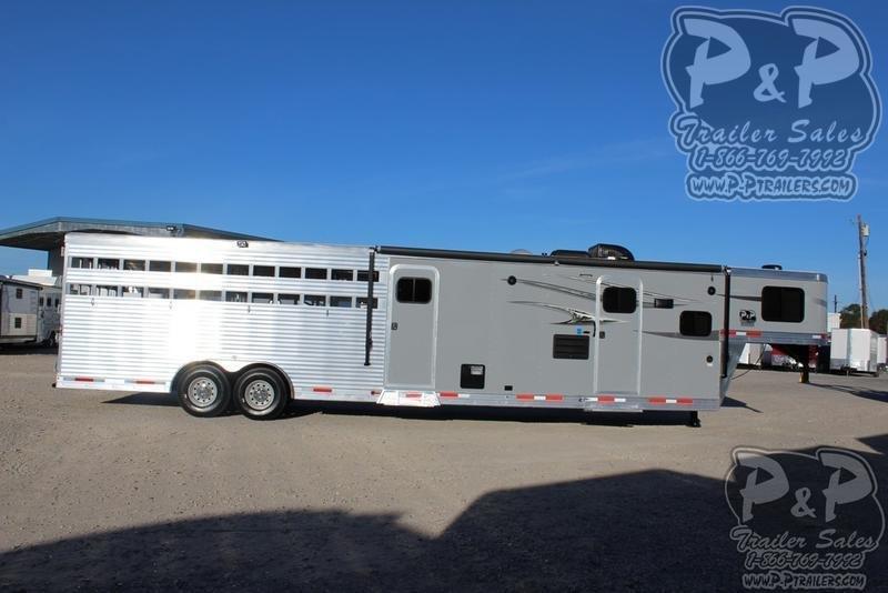 2020 Lakota Charger LE81611 33.67 ft Livestock Trailer LQ