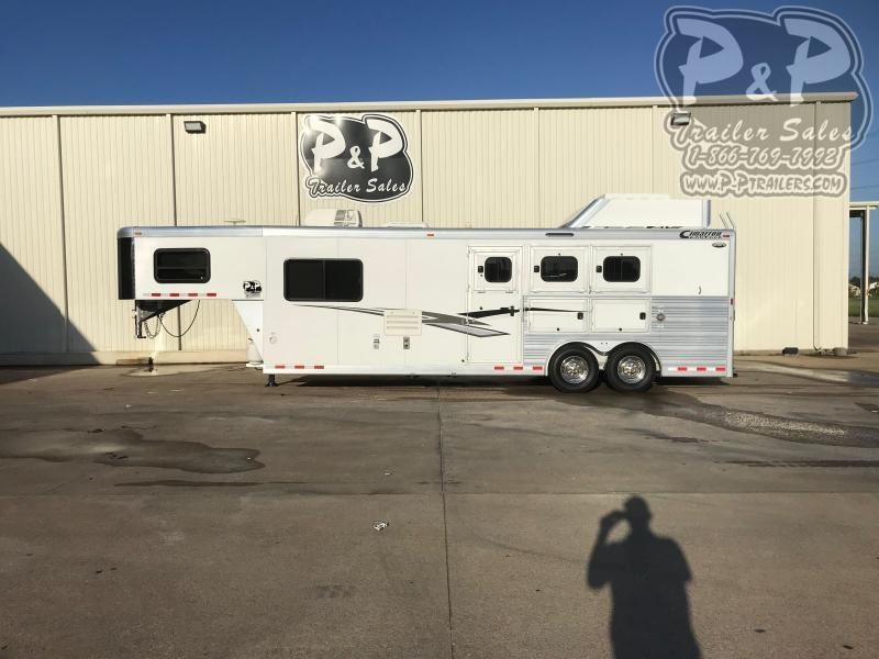 2015 Cimarron Trailers 8310 3 Horse Slant Load Trailer 10 FT LQ