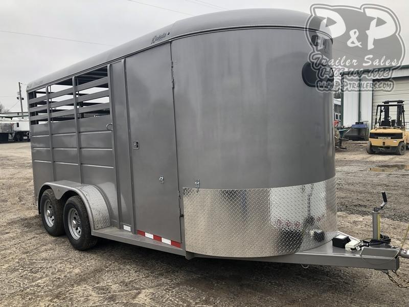 2020 CM CMH0543-1770 3 Horse Slant Load Trailer