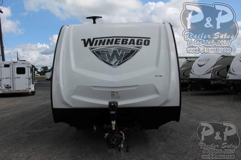 2020 Winnebago Minnie 2500FL 27.92 ft Travel Trailer RV