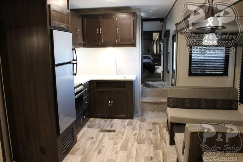 2020 Keystone Springdale 253FWRE 32.83 ft Fifth Wheel Campers RV