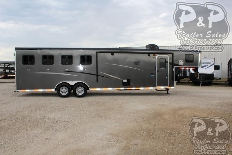 2019 Bison Trailers Trail Hand 7411TH 4 Horse Slant Load Trailer 11 FT LQ