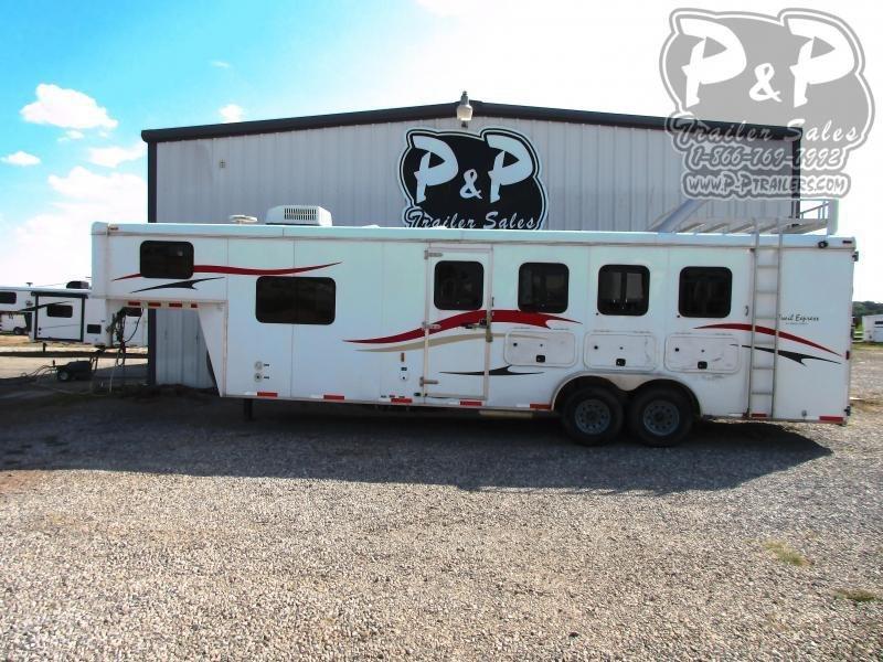 2010 Bison Trailers 7408TE 4 Horse Slant Load Trailer 8' FT LQ w/ Ramps