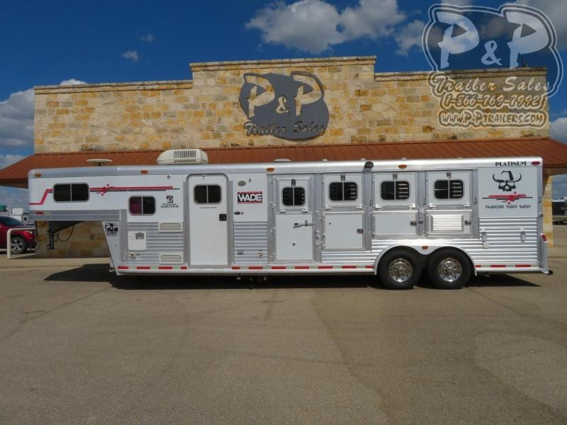 2004 Platinum Coach Trailers 4 Horse 10 Ft Short Wall