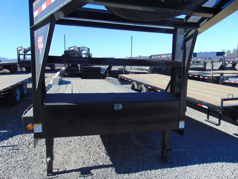 2019 PJ Trailers 83X28 Car / Racing Trailer