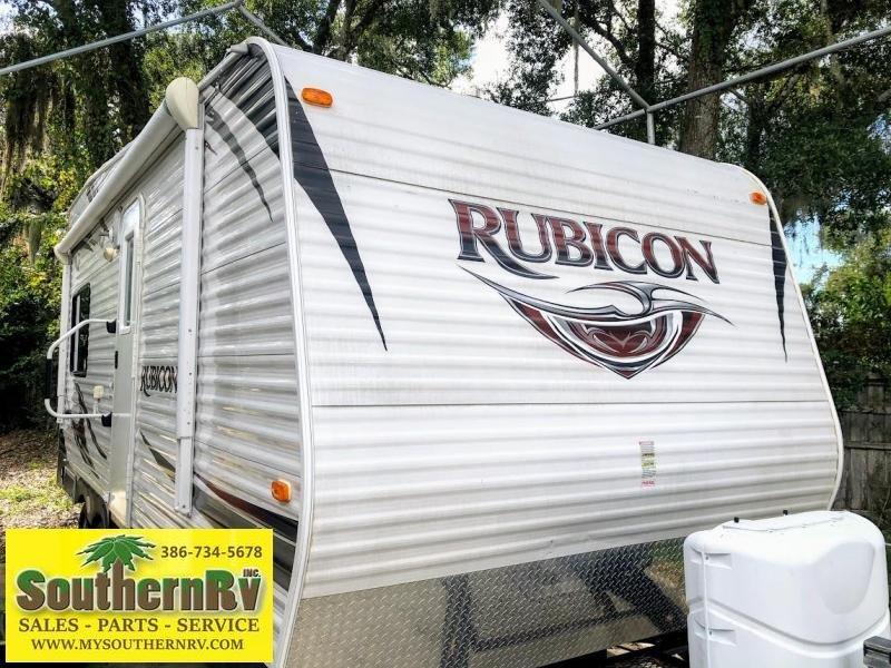 2013 Dutchmen Rubicon 1905 Toy Hauler RV