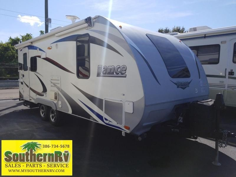 2015 Lance 1995 Travel Trailer RV