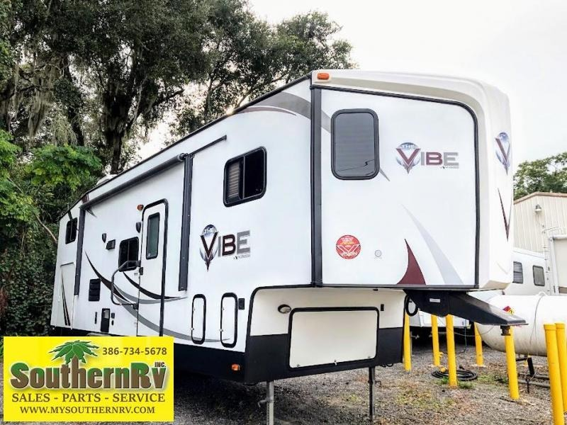 2014 V-cross Other (Not Listed) VIBE 827VBH5 Fifth Wheel Campers RV