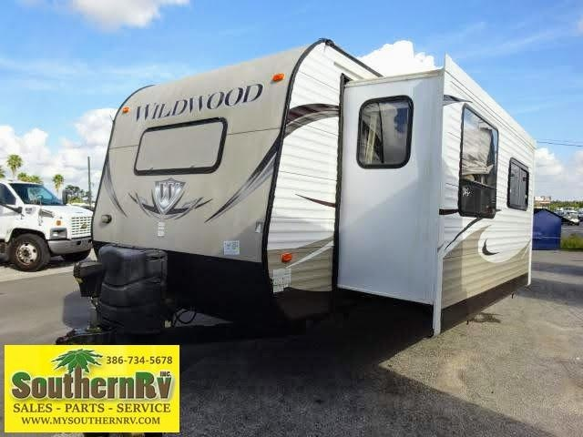 2014 !!!PENDING SALE!!!  Forest River Wildwood 29FKBS Travel Trailer RV