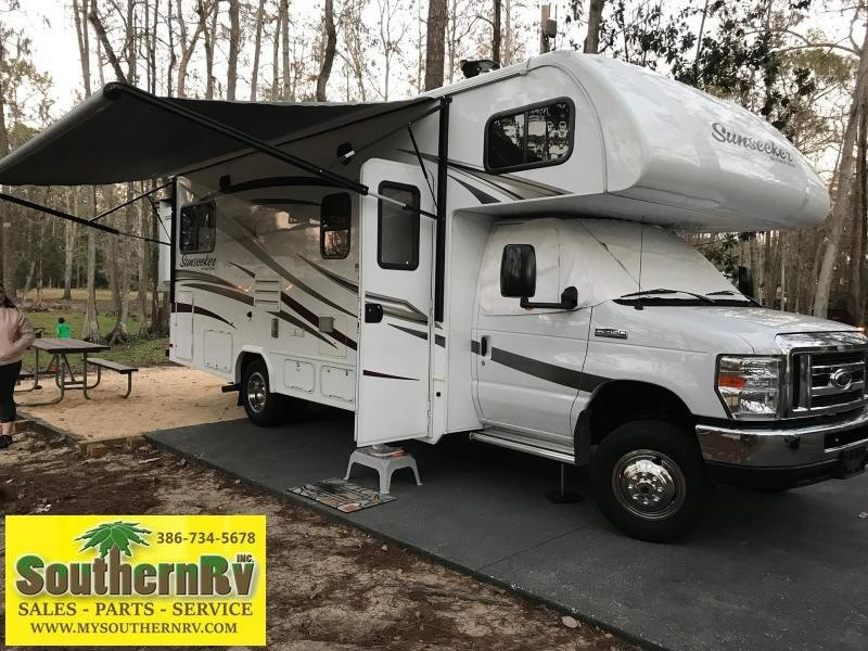 2017 Forest River Sunseeker 2500TS FORD E450 Class C RV