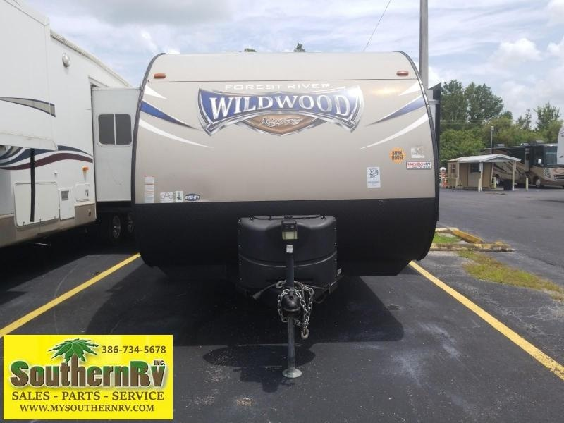2017 Forest River Wildwood X-lite 230BHXL BUNKHOUSE Travel Trailer RV