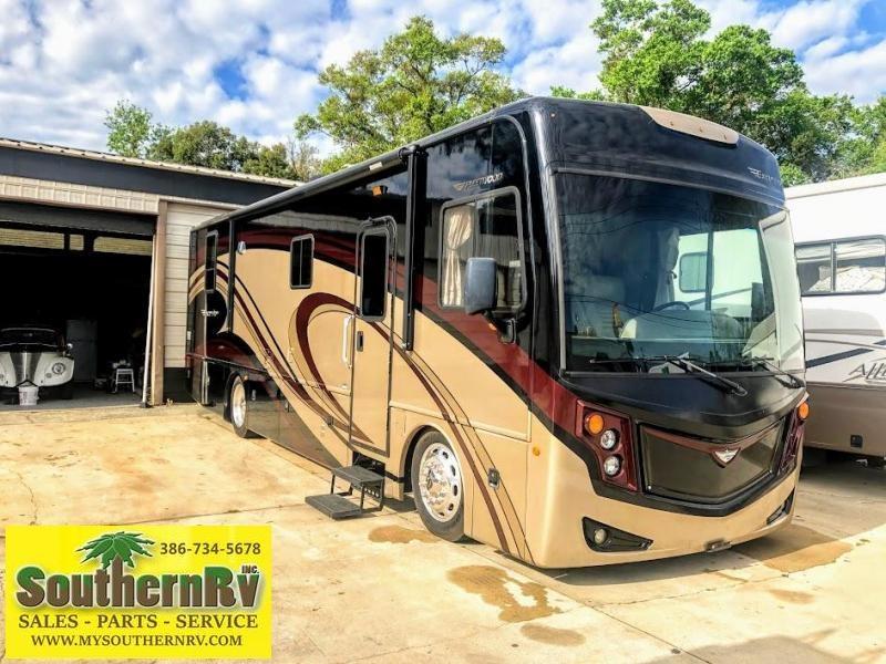 2013 Fleetwood Excursion 33A Class A RV