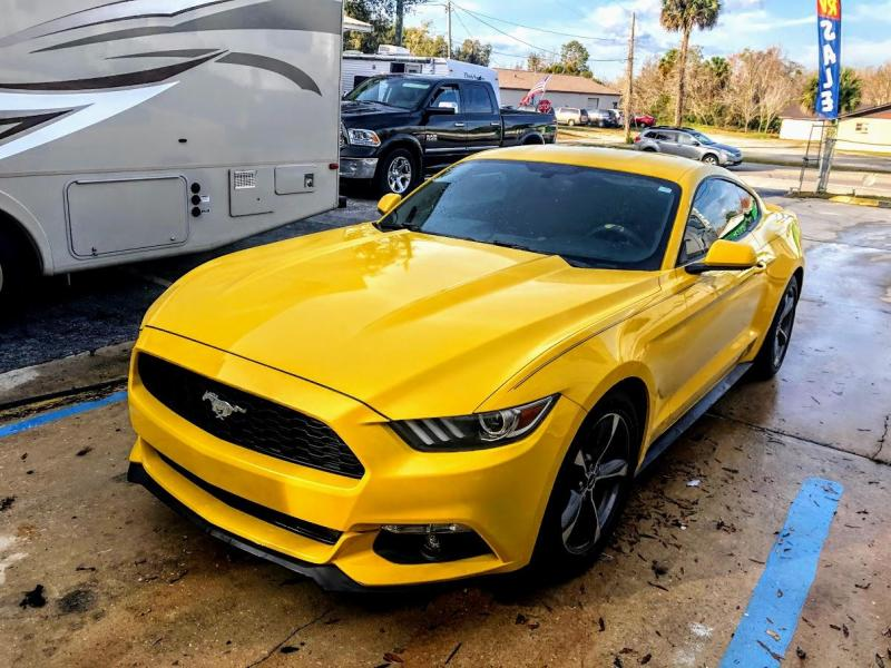 2016 Ford MUSTANG V6 Coupe 2D Car