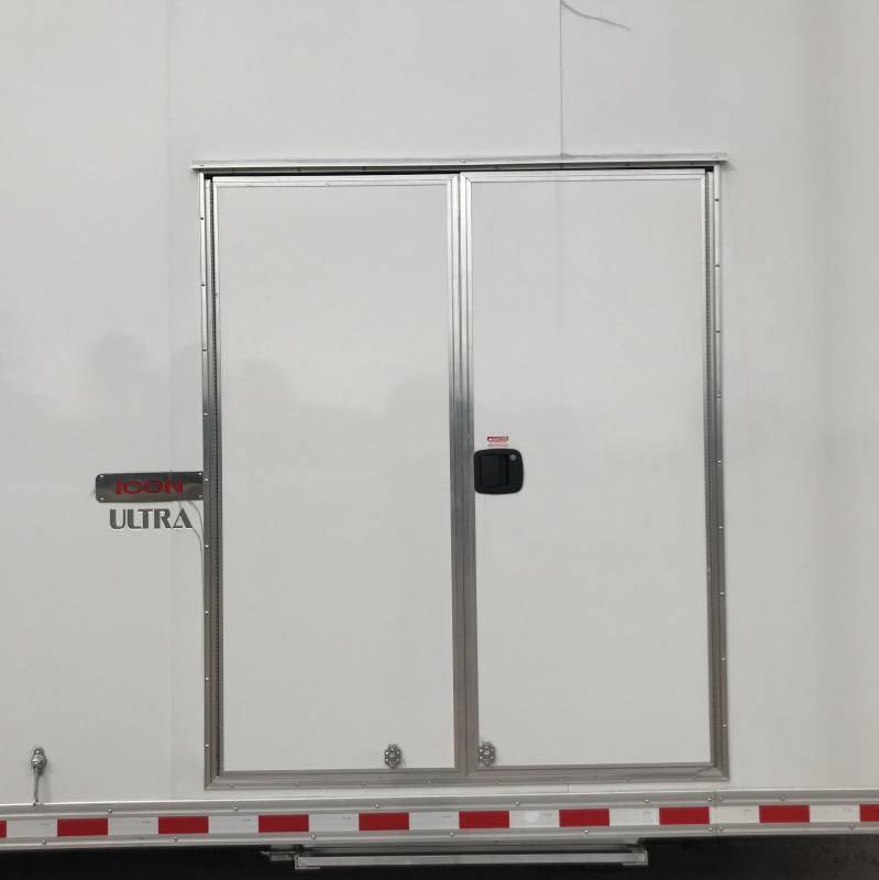 2020 Bravo 32' Stacker Race Trailer