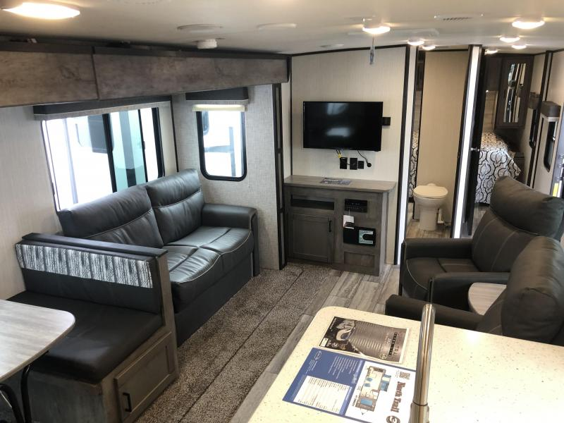 2020 North Trail 28RKDS Travel Trailer