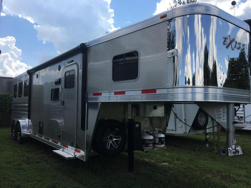 2020 Exiss Escape 3H 10.5' LQ Horse Trailer