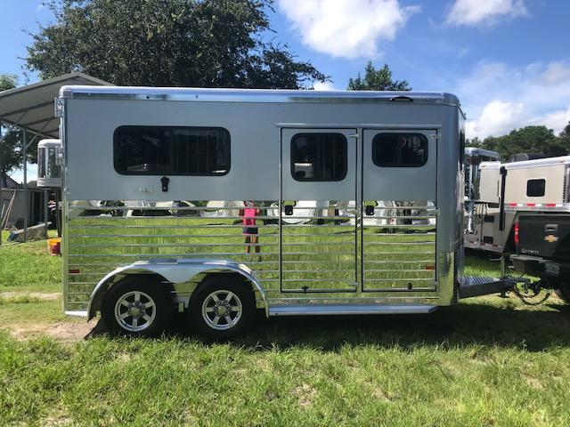 2020 Sundowner Trailers Charter 2H Straight Load Horse Trailer