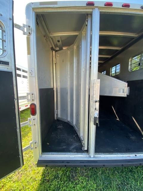 2000 Exiss Trailers SS400  4H Trailer