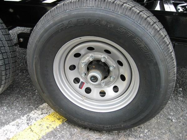 "X-ON Low Profile Dump 83""x16' 14K -Flat Tan Paint -Scissor Lift -6"" I-Beam Frame -7 Gauge Floor -Cast Iron Adjustable -10K Dropleg Jack -Tarp Kit Installed -6' Slide In Ramps -Battery Charger -Spare Mount -16"" Radial Tires"